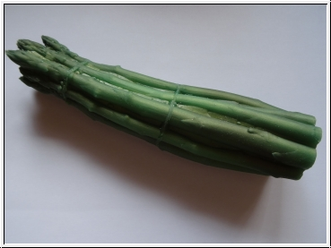 Horny healthy asparagus - white or green